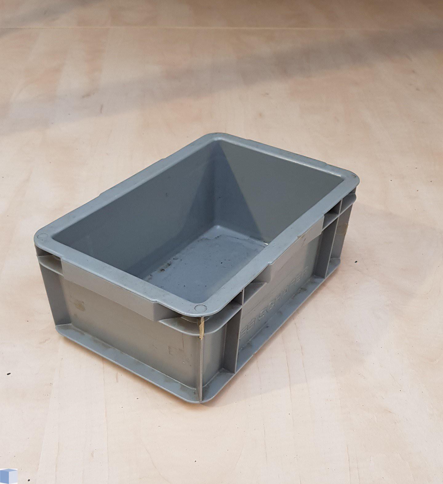 Kunststof transportbak 300x200x115mm. grijs, stapelbaar