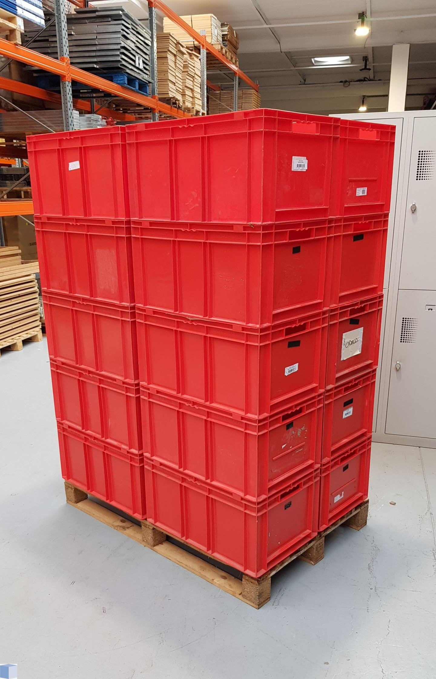 Kunststof transportbak 600x400x315mm. rood, stapelbaar