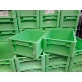 Kunststof transportbak 400x300x170mm. groen, stapelbaar